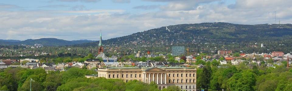 cropped-den060715slottetogholmekollenhoff2.jpg